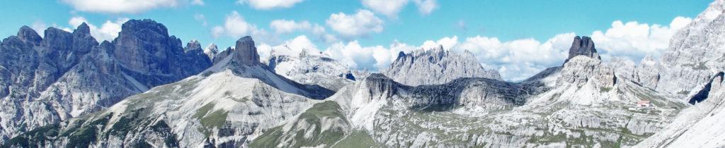 Gigantisches Bergpanorama vom Paternkofelsattel (mit Drei Zinnen Hütte - wer sieht sie?)