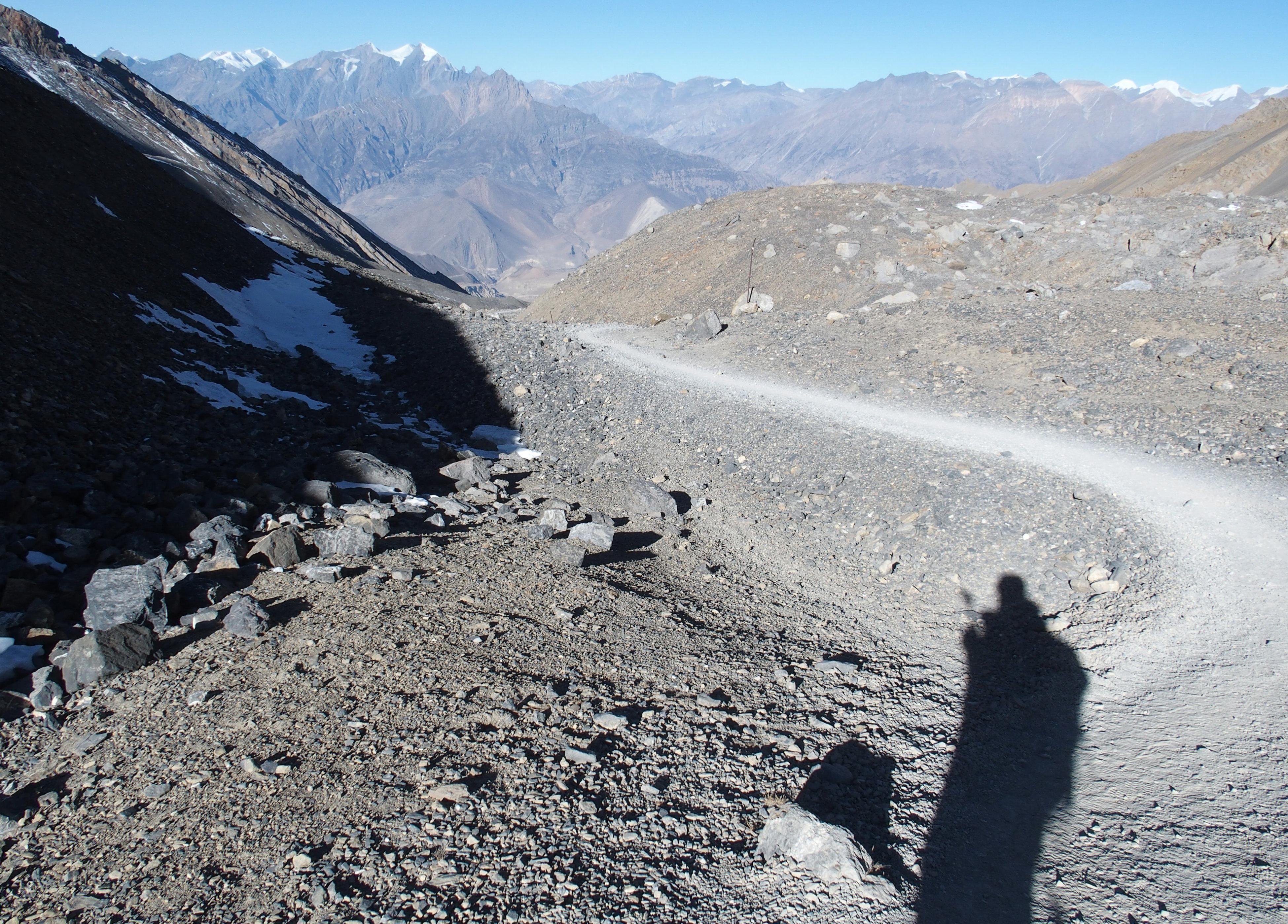 Blick runter vom Thorong La Pass