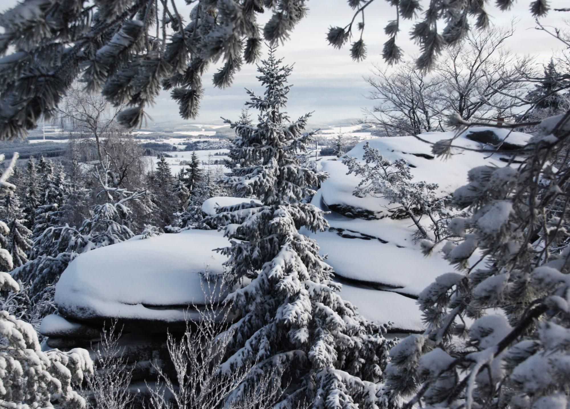 Verschneite Aussicht vom Rudolfstein
