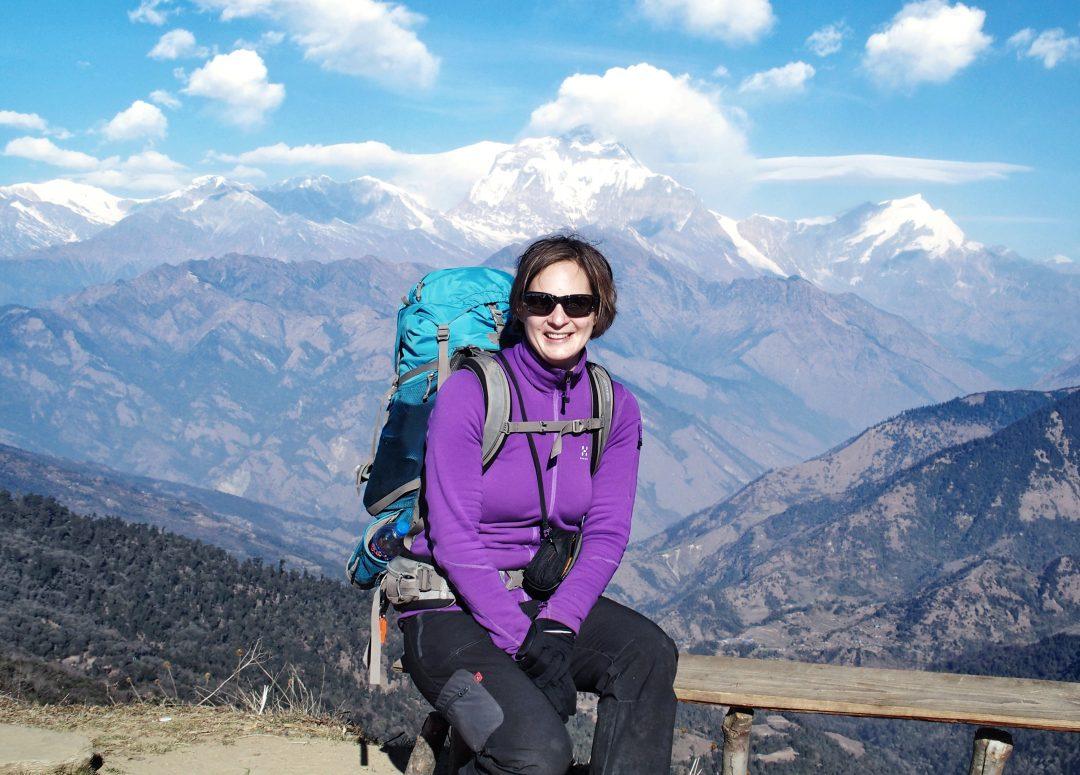 Am Deurali Pass. Sonne Berge. Nepal. Annapurna Trek