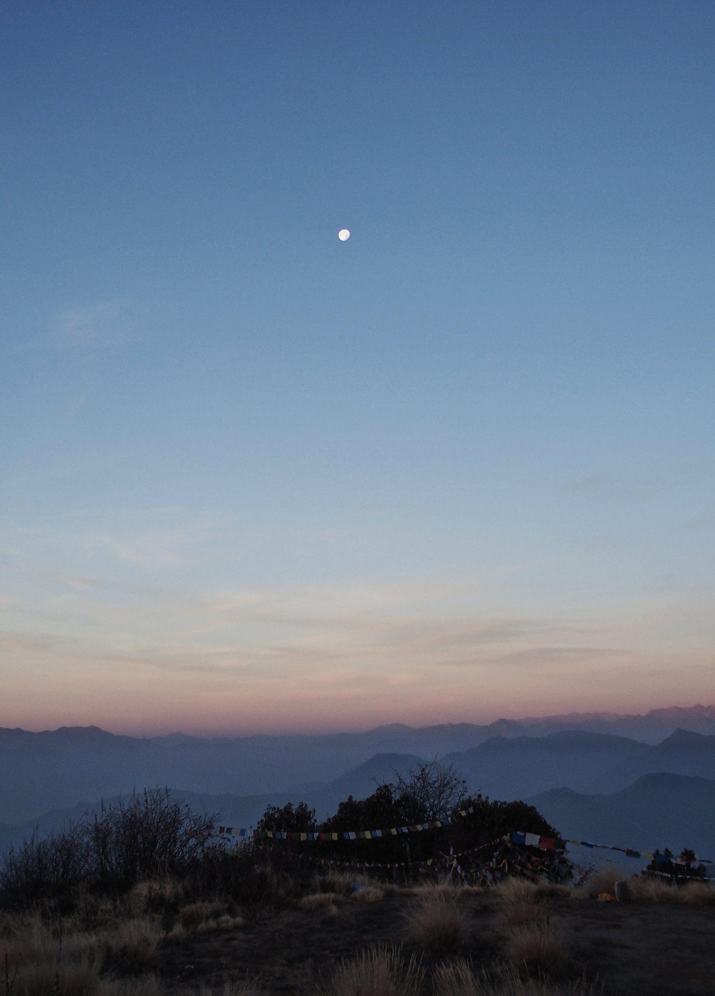Mond und Sonnenaufgang am Poon Hill