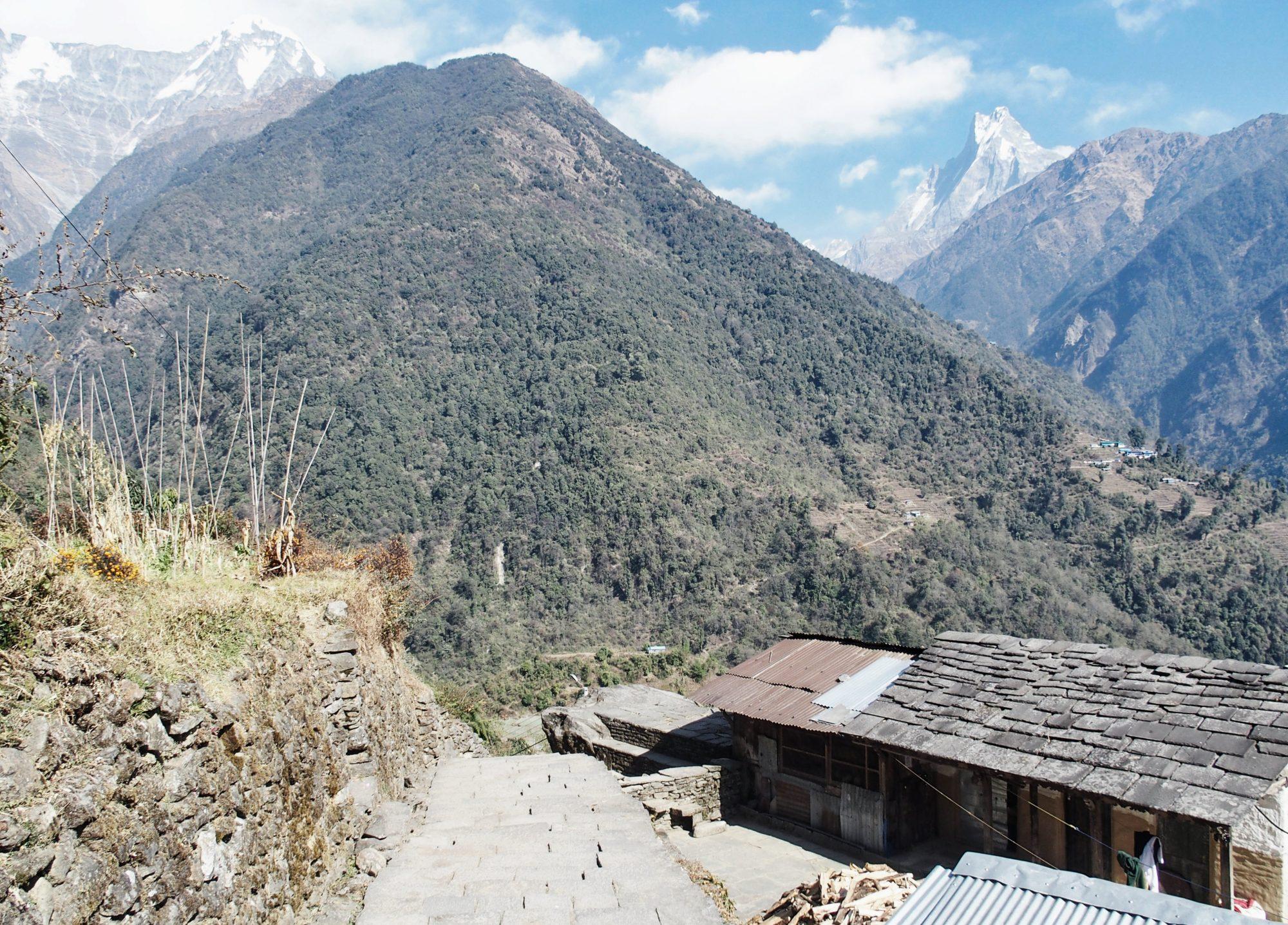 Am oberen Ende von Chomrong. Annapurna Base Camp