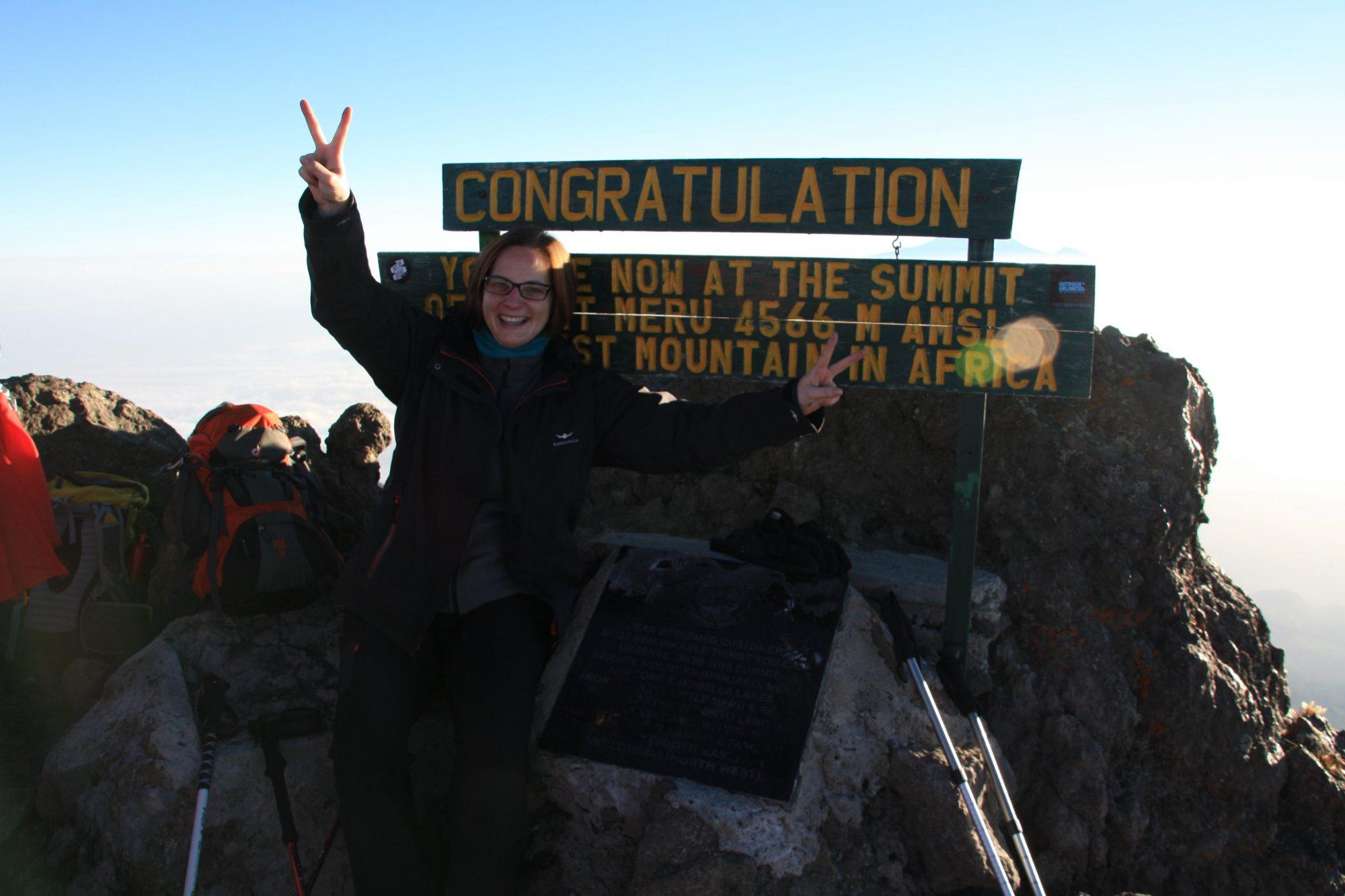Am Gipfel des Mount Meru, Mount Meru Besteigung, Tour, Erfahrungsbericht, Afrika, Tansania, Bergtour