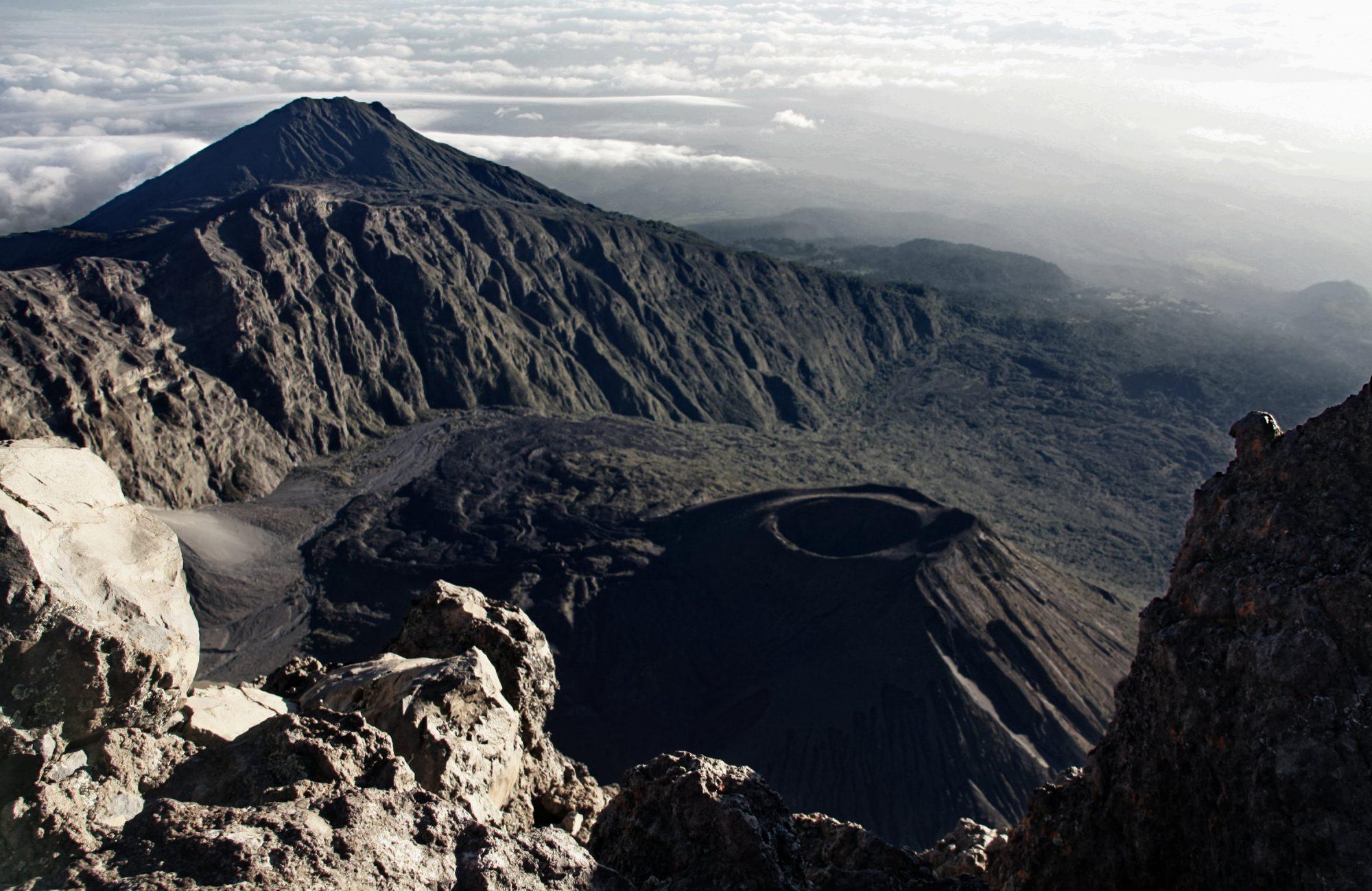 Krater des Mount Meru, Mount Meru Besteigung, Tour, Erfahrungsbericht, Afrika, Tansania, Bergtour
