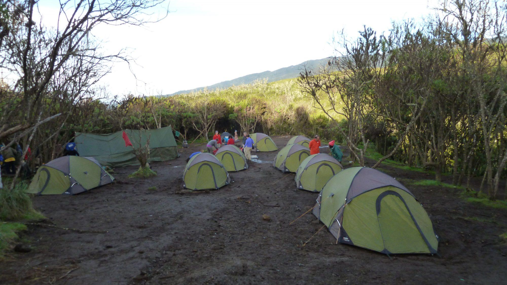 Machame Camp, Zeltlager, Kilimandscharo, Kilimandscharo besteigen, Tansania, Afrika, Kilimandscharo Tour, Erfahrungsbericht, Machame Route
