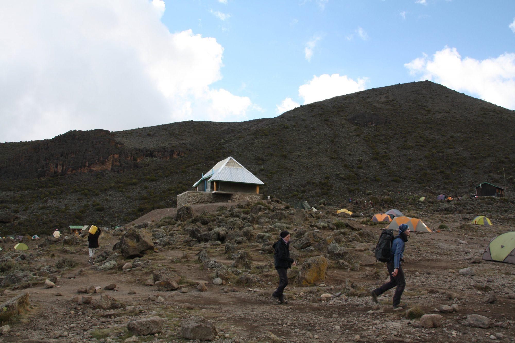 Barranco Camp, Toilettenhaus, Kilimandscharo, Kilimandscharo besteigen, Tansania, Afrika, Kilimandscharo Tour, Erfahrungsbericht, Machame Route