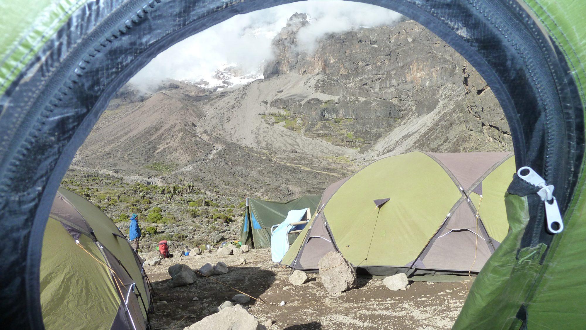 Blick vom Zelt im Barranco Camp, Kilimandscharo, Kilimandscharo besteigen, Tansania, Afrika, Kilimandscharo Tour, Erfahrungsbericht, Machame Route