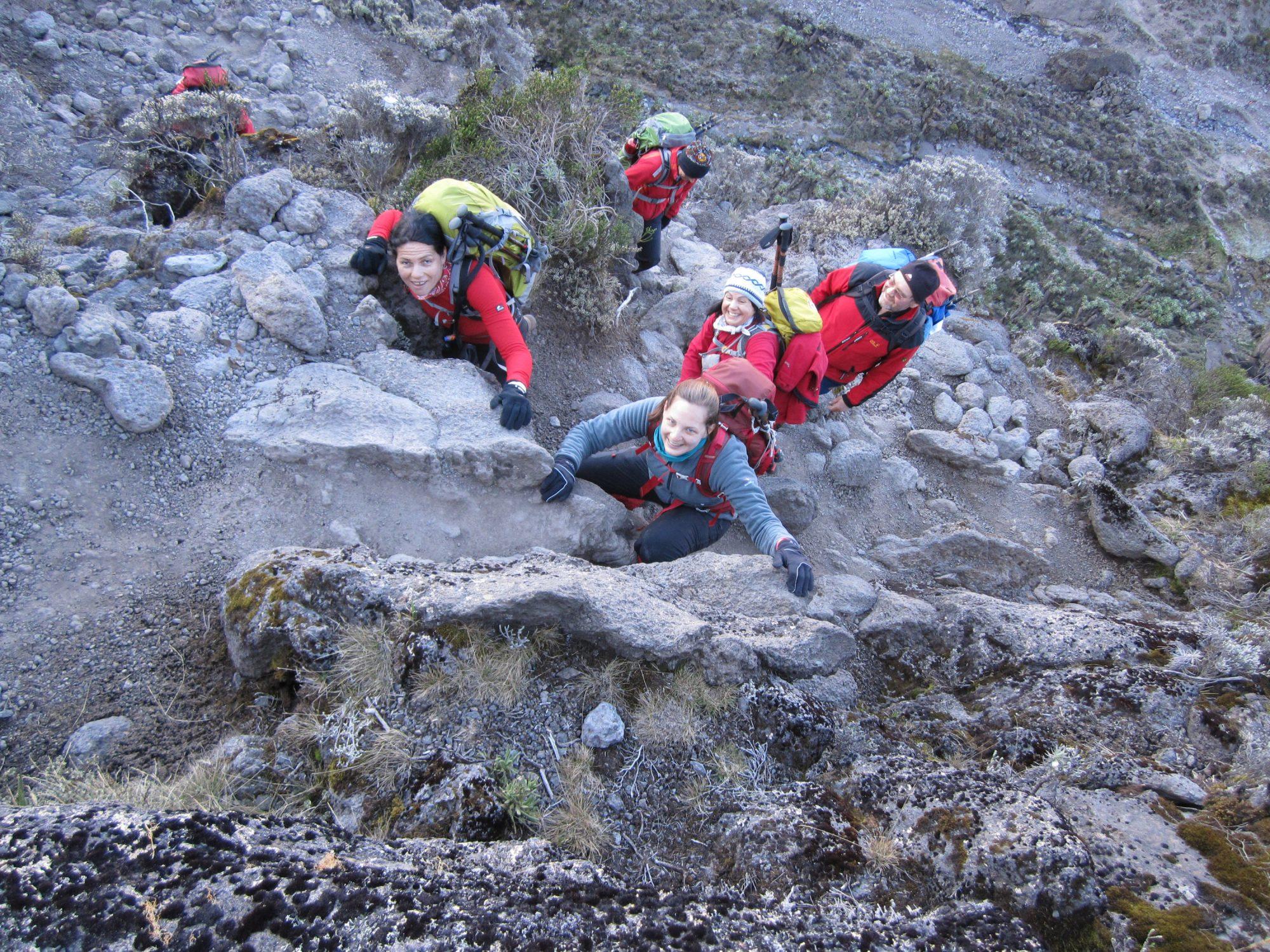 Breakfast Wall Klettern, Kilimandscharo, Kilimandscharo besteigen, Tansania, Afrika, Kilimandscharo Tour, Erfahrungsbericht, Machame Route