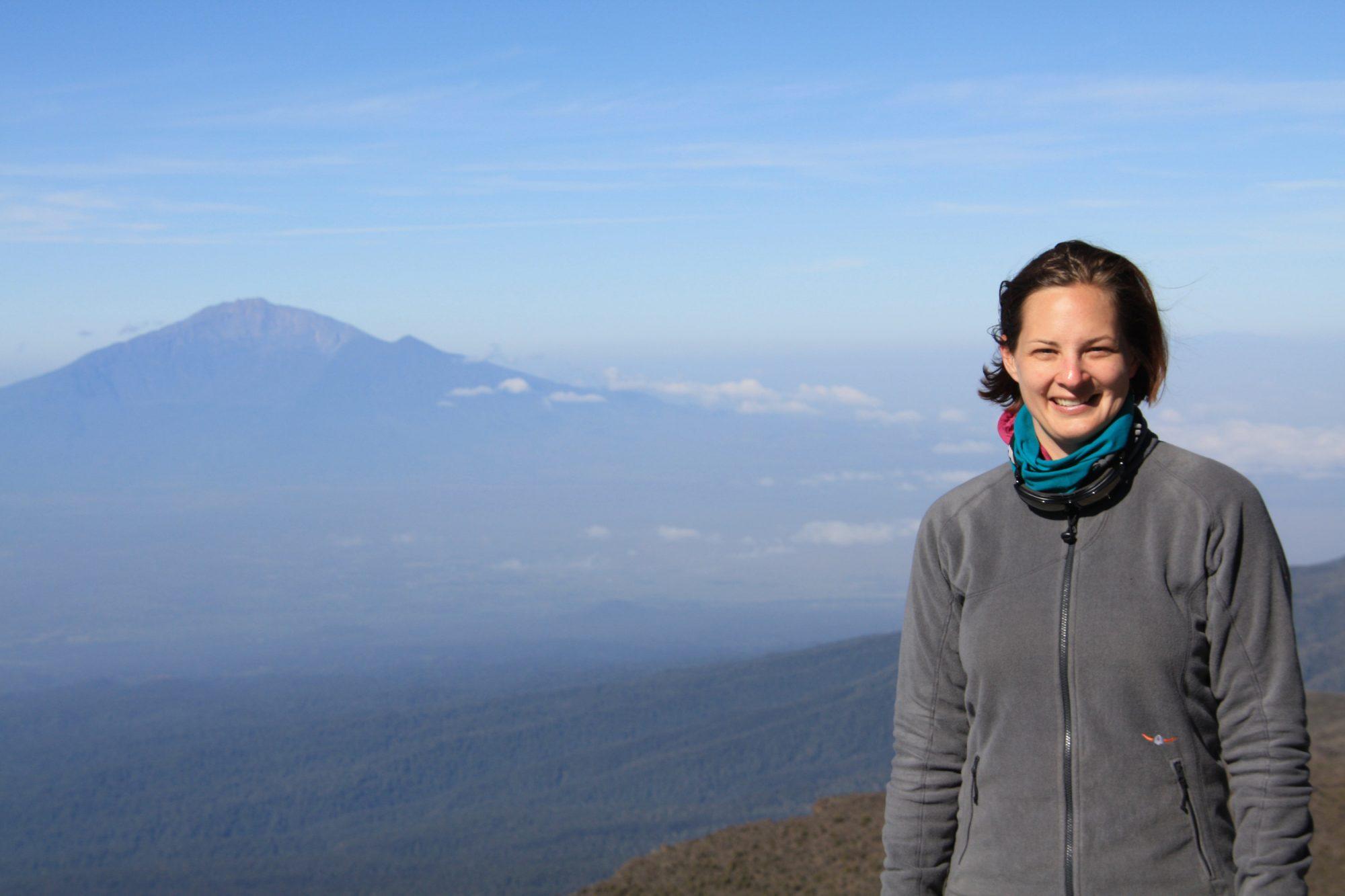 Blick Mount Meru, Kilimandscharo, Kilimandscharo besteigen, Tansania, Afrika, Kilimandscharo Tour, Erfahrungsbericht, Machame Route