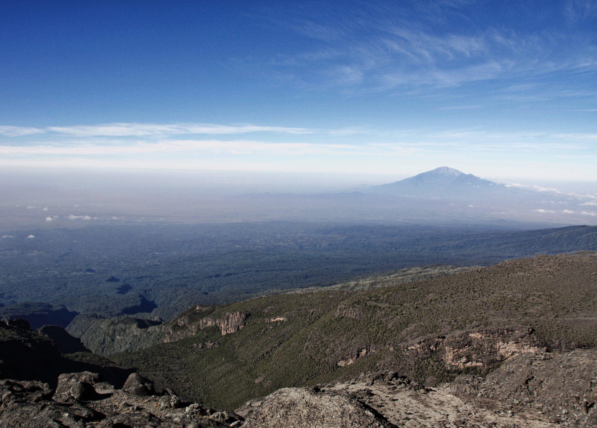 Blick auf den Mount Meru, Kilimandscharo, Kilimandscharo besteigen, Tansania, Afrika, Kilimandscharo Tour, Erfahrungsbericht, Machame Route