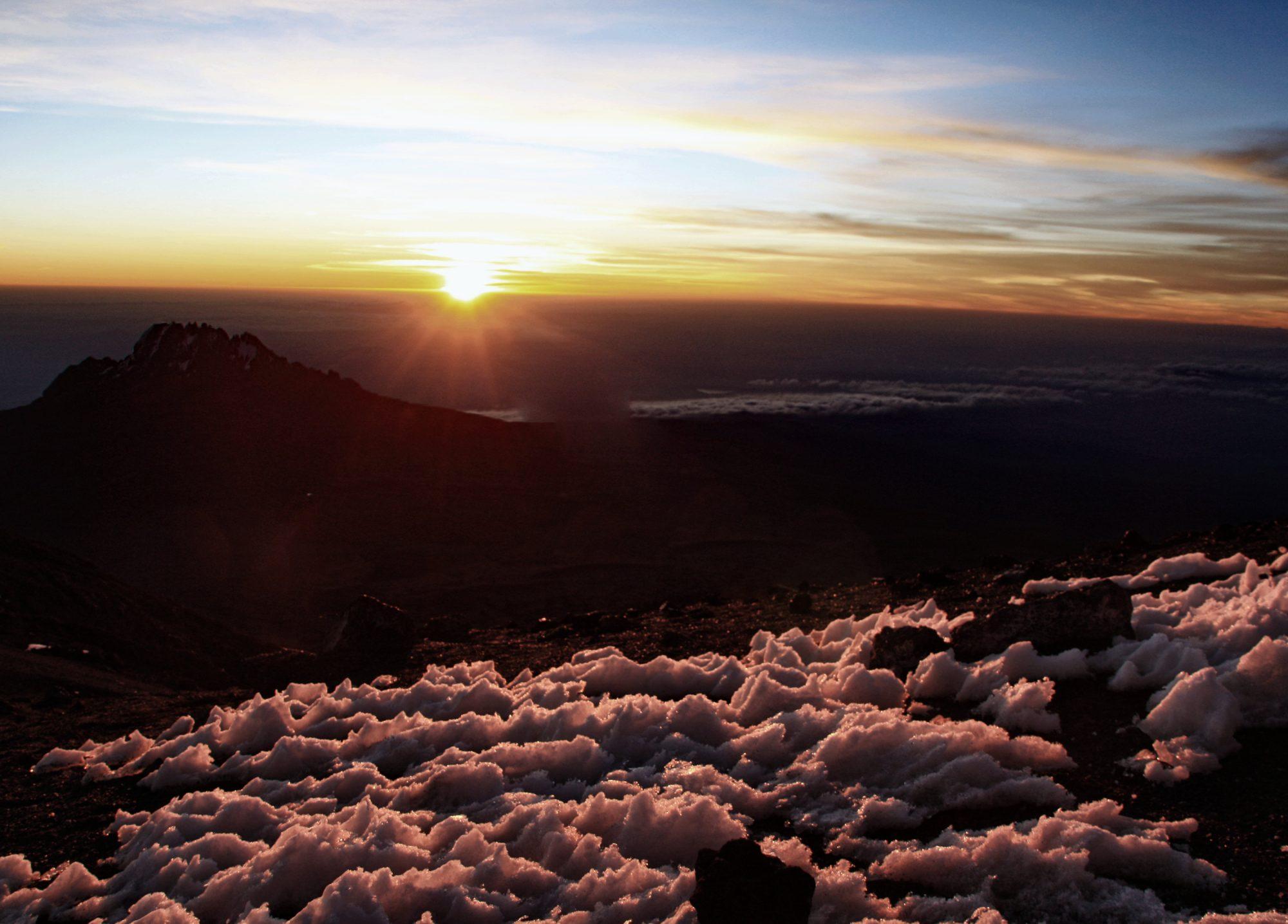 Sonnenaufgang Stella Point, Kilimandscharo, Kilimandscharo besteigen, Tansania, Afrika, Kilimandscharo Tour, Erfahrungsbericht, Machame Route