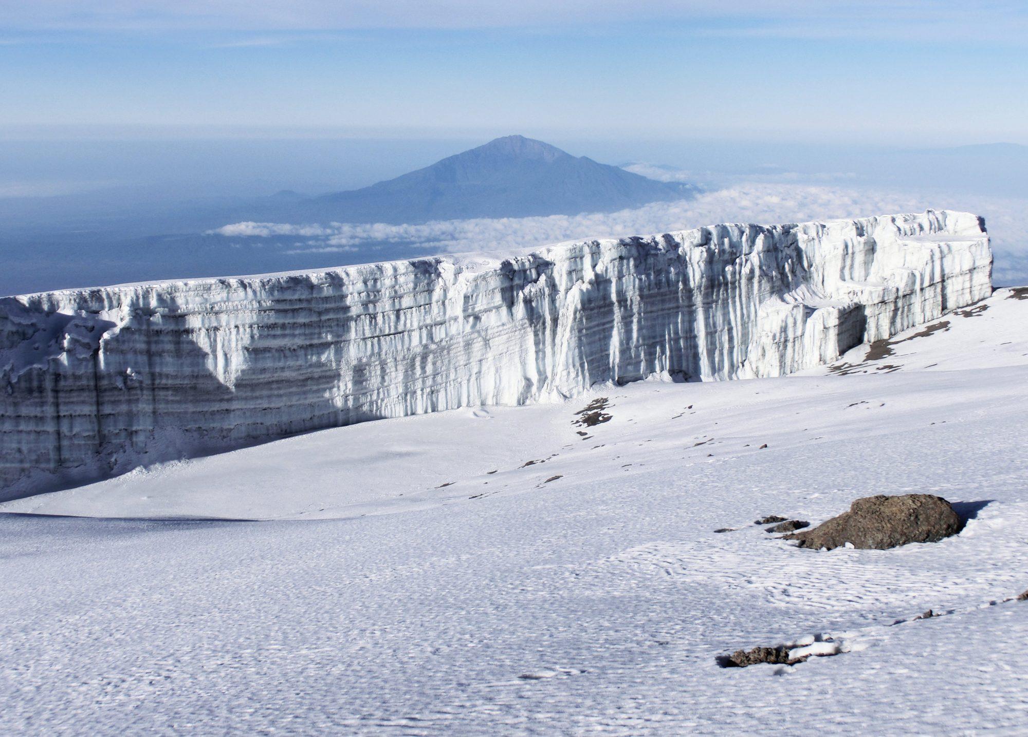 Gletscher und Mount Meru vom Kilimandscharo, Kilimandscharo besteigen, Tansania, Afrika, Kilimandscharo Tour, Erfahrungsbericht, Machame Route