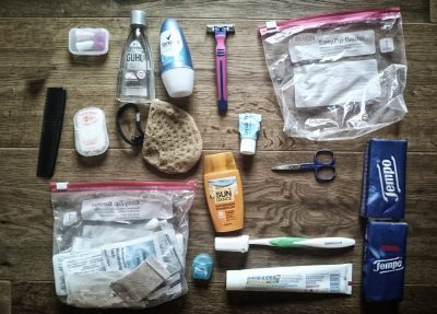 Kosmetika Packliste Hüttentour, Packliste Alpenüberquerung, Wandern, Mehrtagestour,