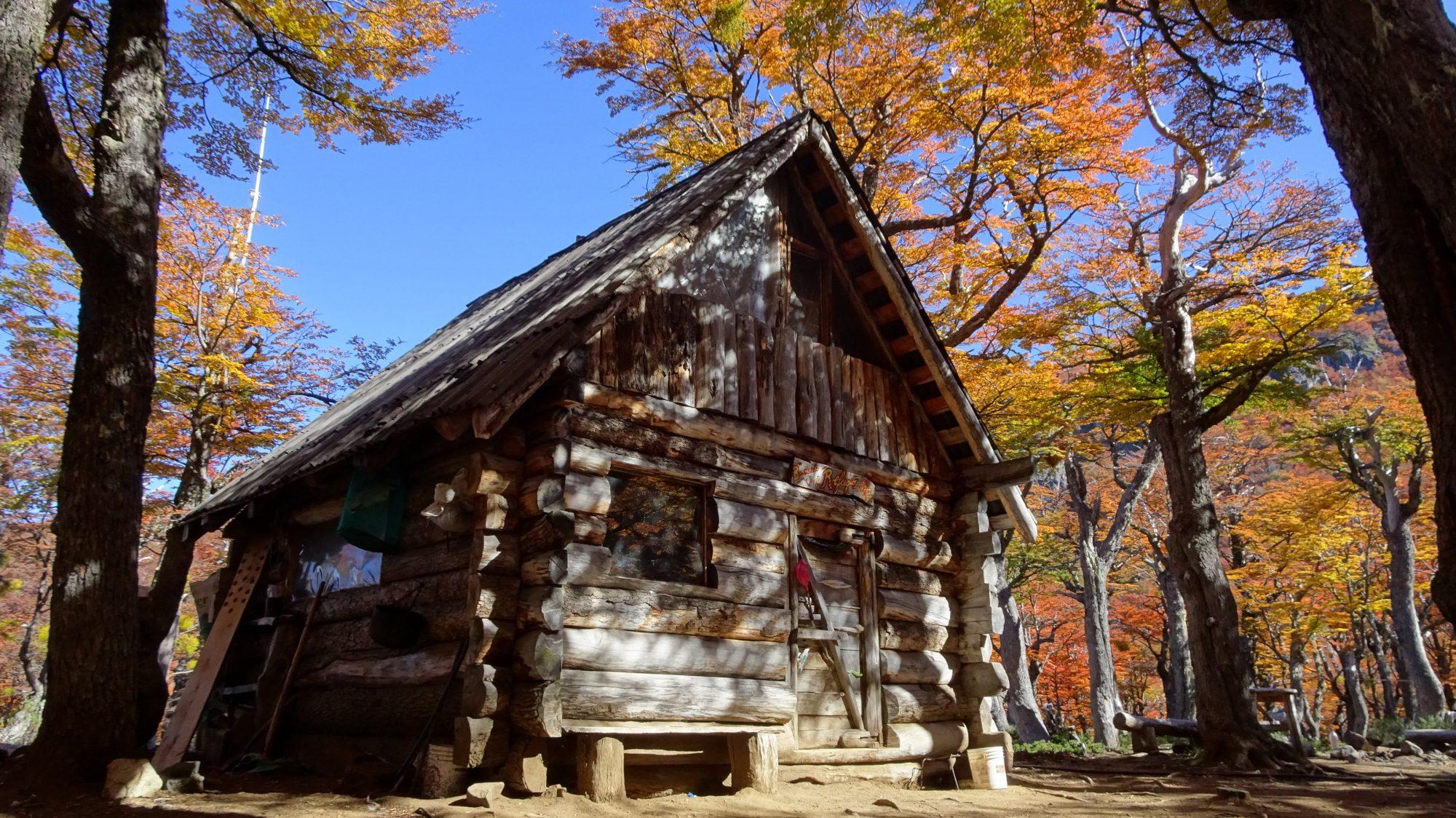 Fjella El Bolson Dedo Gordo Hütte Wanderung Patagonien Warton Dedo Gordo Encanto Blanco Wanderroute Wandern Refugio Dedo Gordo