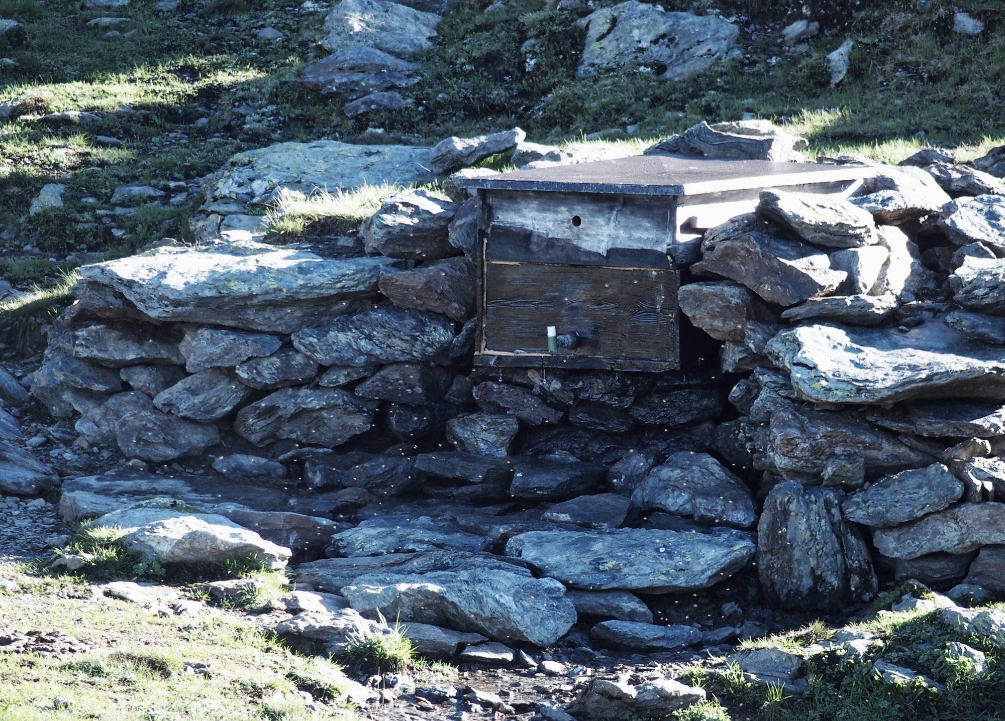 Badezimmer, In 10 Schritten fit fürs Hüttenleben, Tipps Hüttentour, Tipps Hüttenübernachtung, Alpenüberquerung, Alpenvereinshütte, Übernachtung Hütte