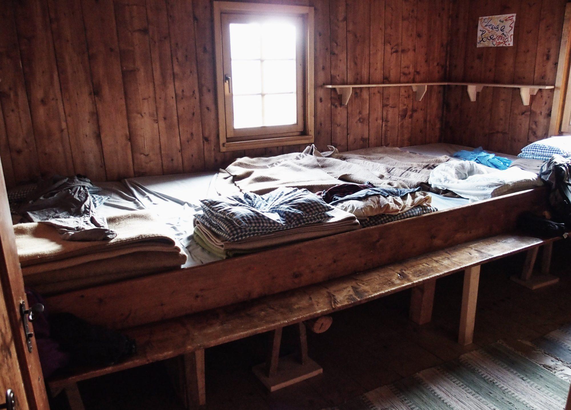 Lager, In 10 Schritten fit fürs Hüttenleben, Tipps Hüttentour, Tipps Hüttenübernachtung, Alpenüberquerung, Alpenvereinshütte, Übernachtung Hütte