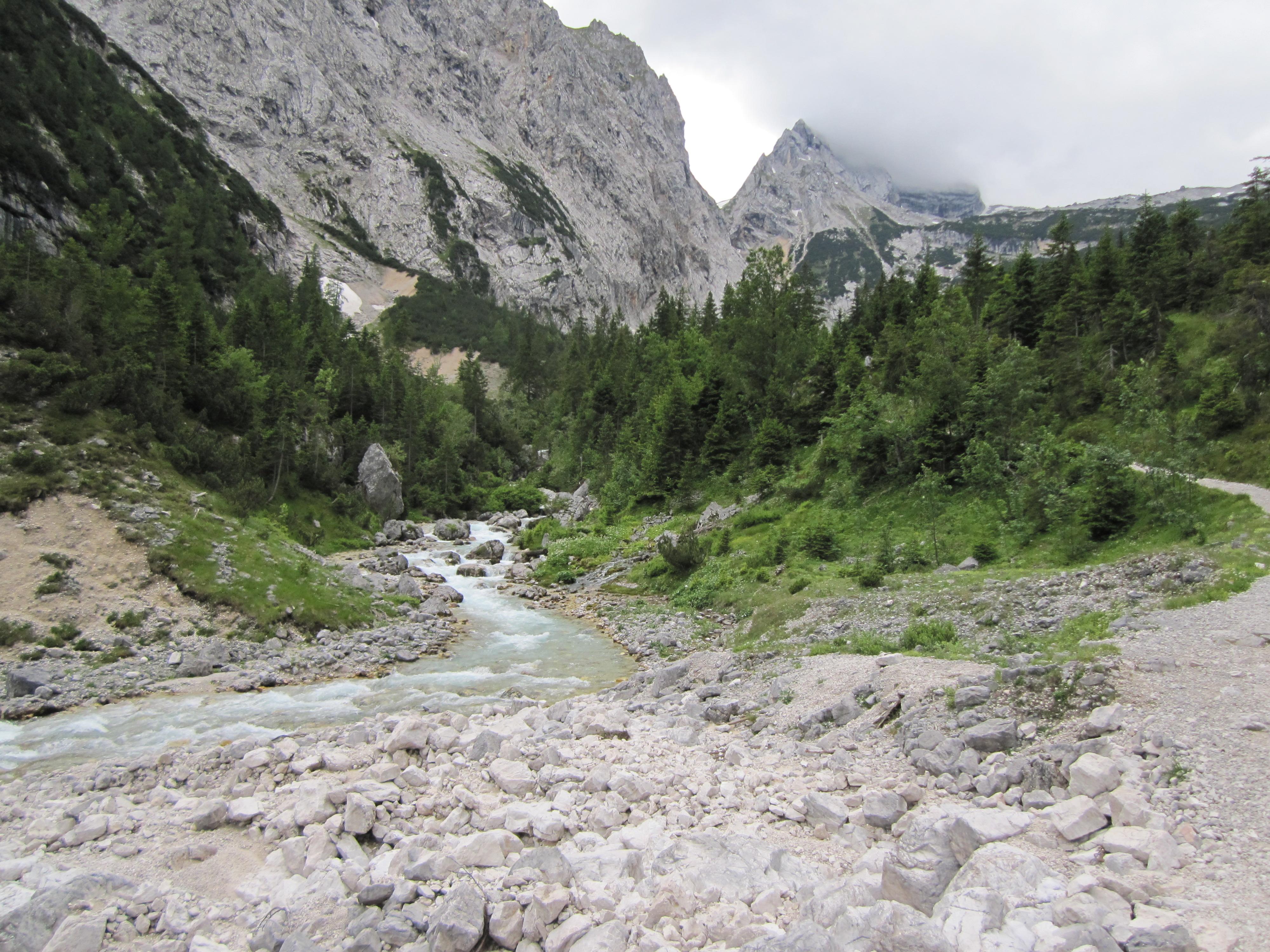 Reintal, Durchs Reintal auf die Zugspitze Hüttentour Fjella