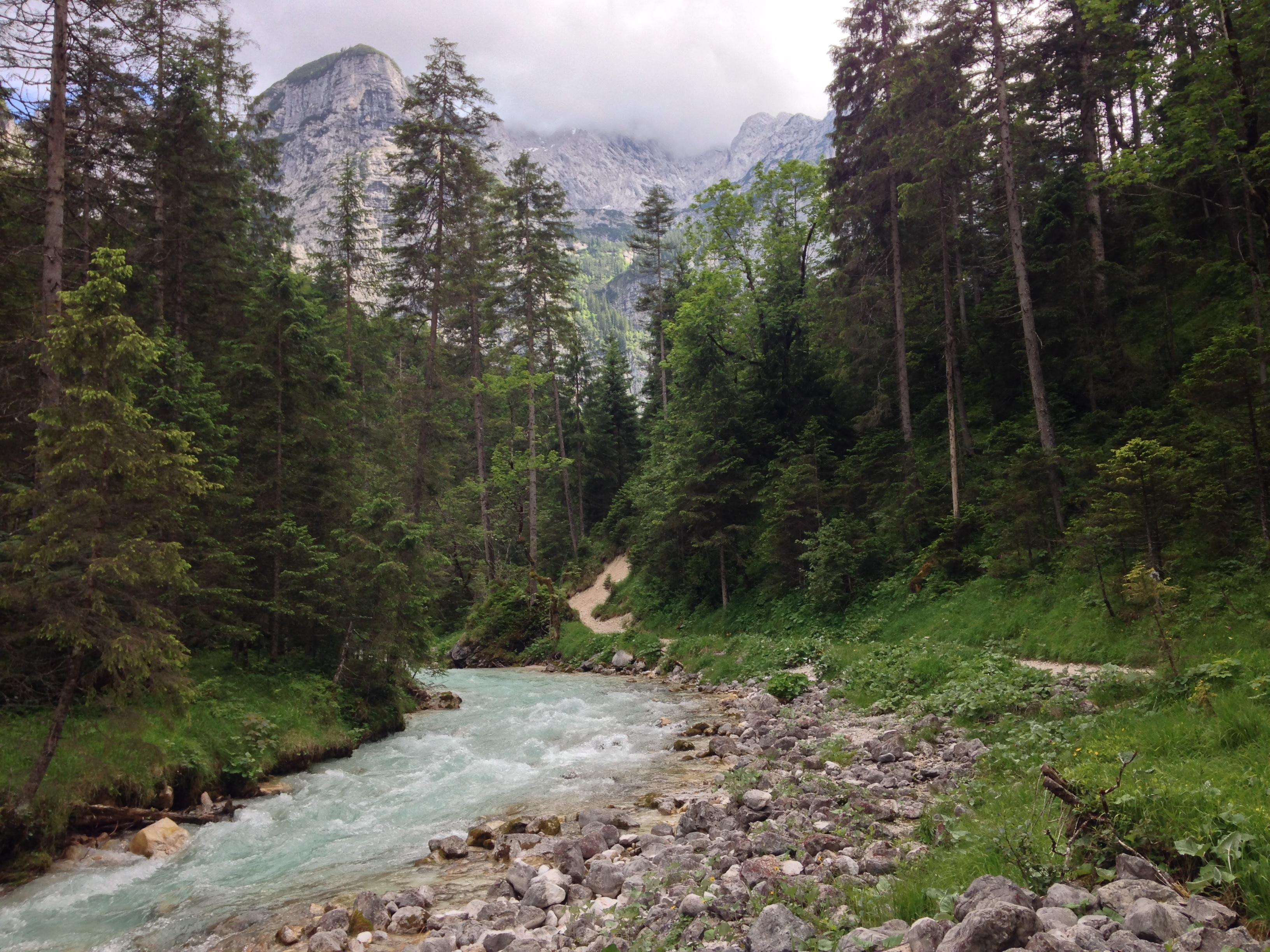 Durchs Reintal auf die Zugspitze Hüttentour Fjella
