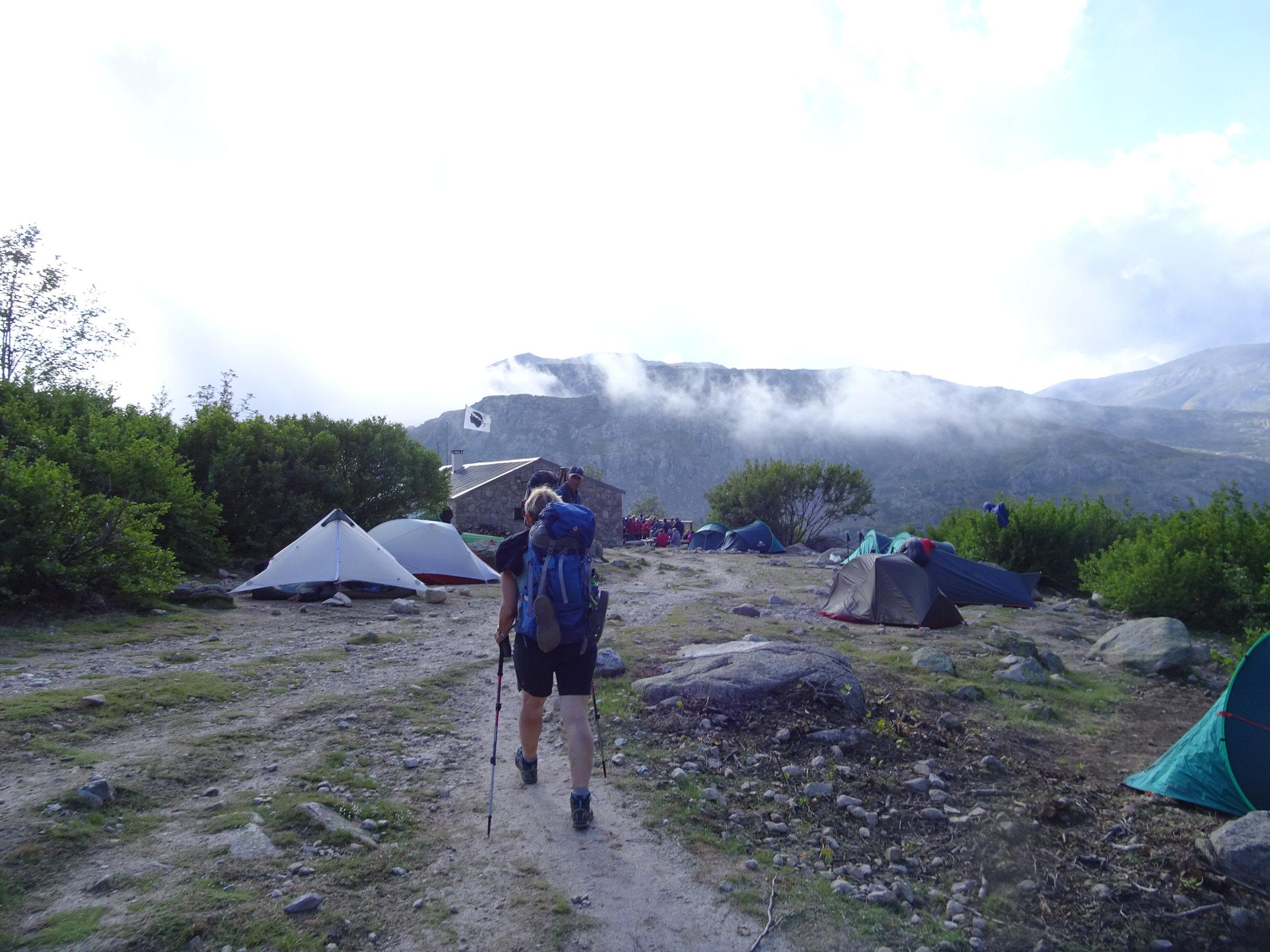 Angekommen in der Manganu Hütte, Korsika, GR20 Weitwanderweg, Wandern, Berge, Frankreich