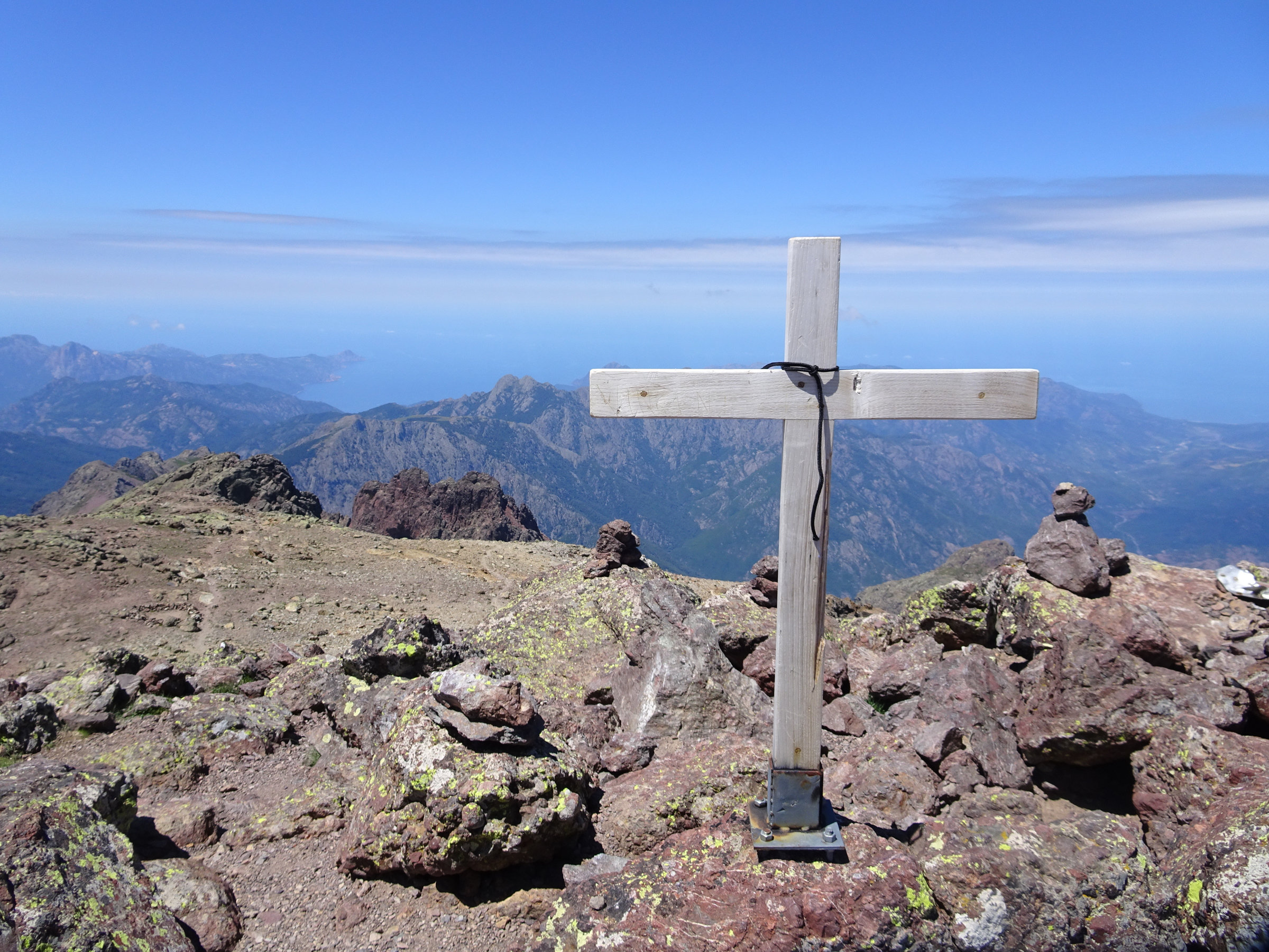 Gipfelglück auf der Paglia Orba, Korsika, GR20 Weitwanderweg, Wandern, Berge, Frankreich