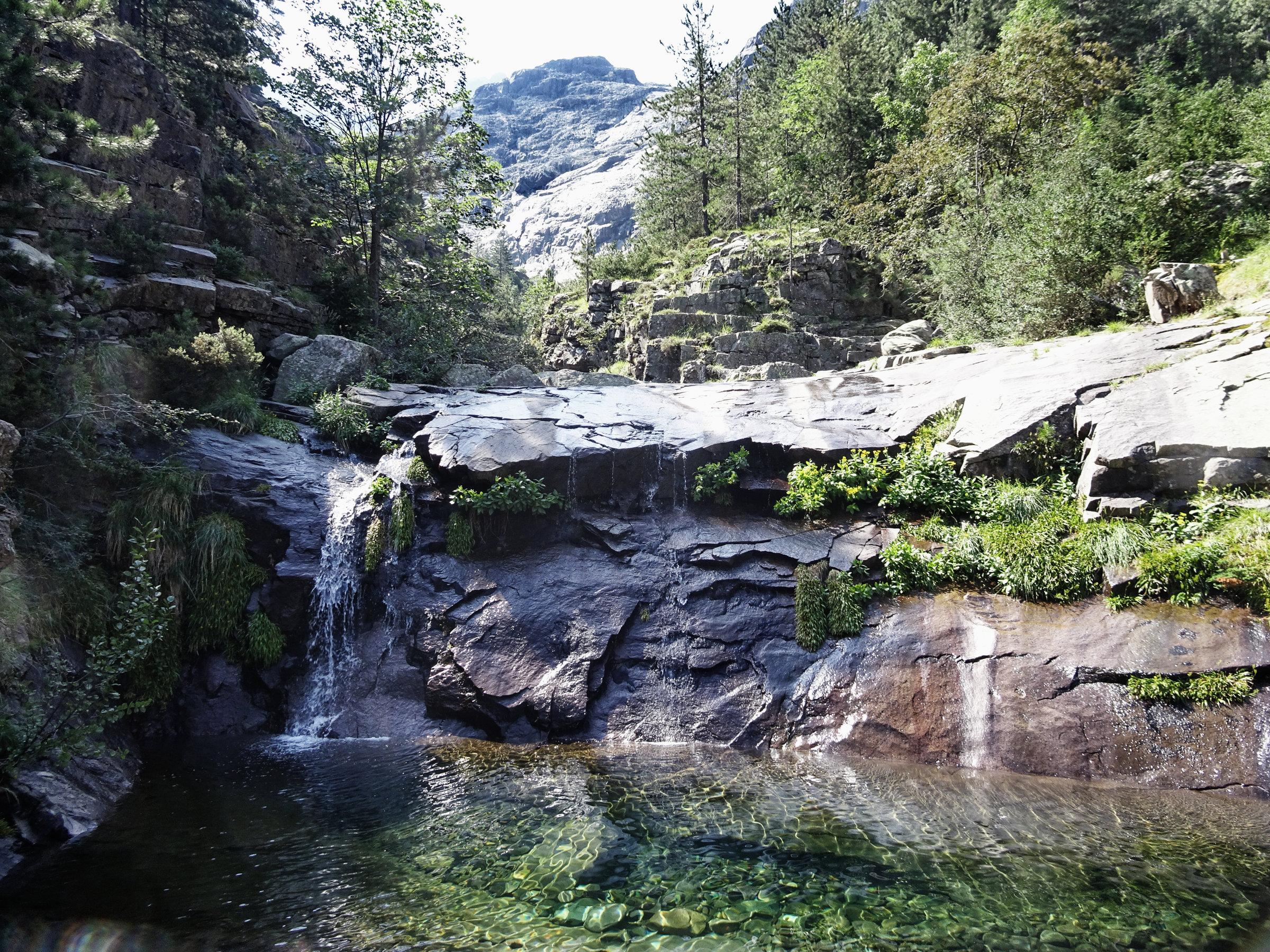 Traumhafte Badegumpen, Korsika, GR20 Weitwanderweg, Wandern, Berge, Frankreich