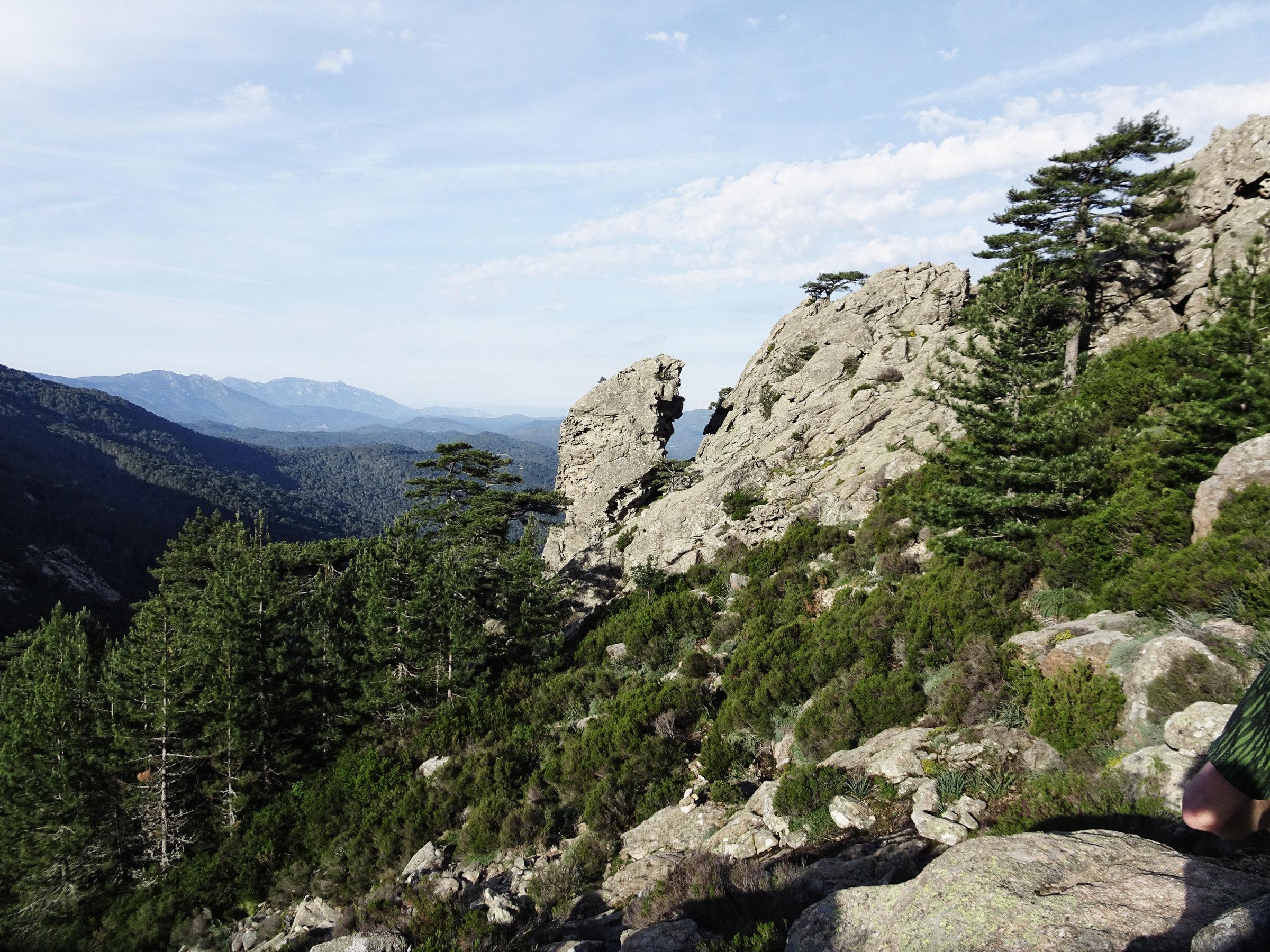 Schönste Aussichten bereits am ersten Tag, Korsika, GR20 Weitwanderweg, Wandern, Berge, Frankreich