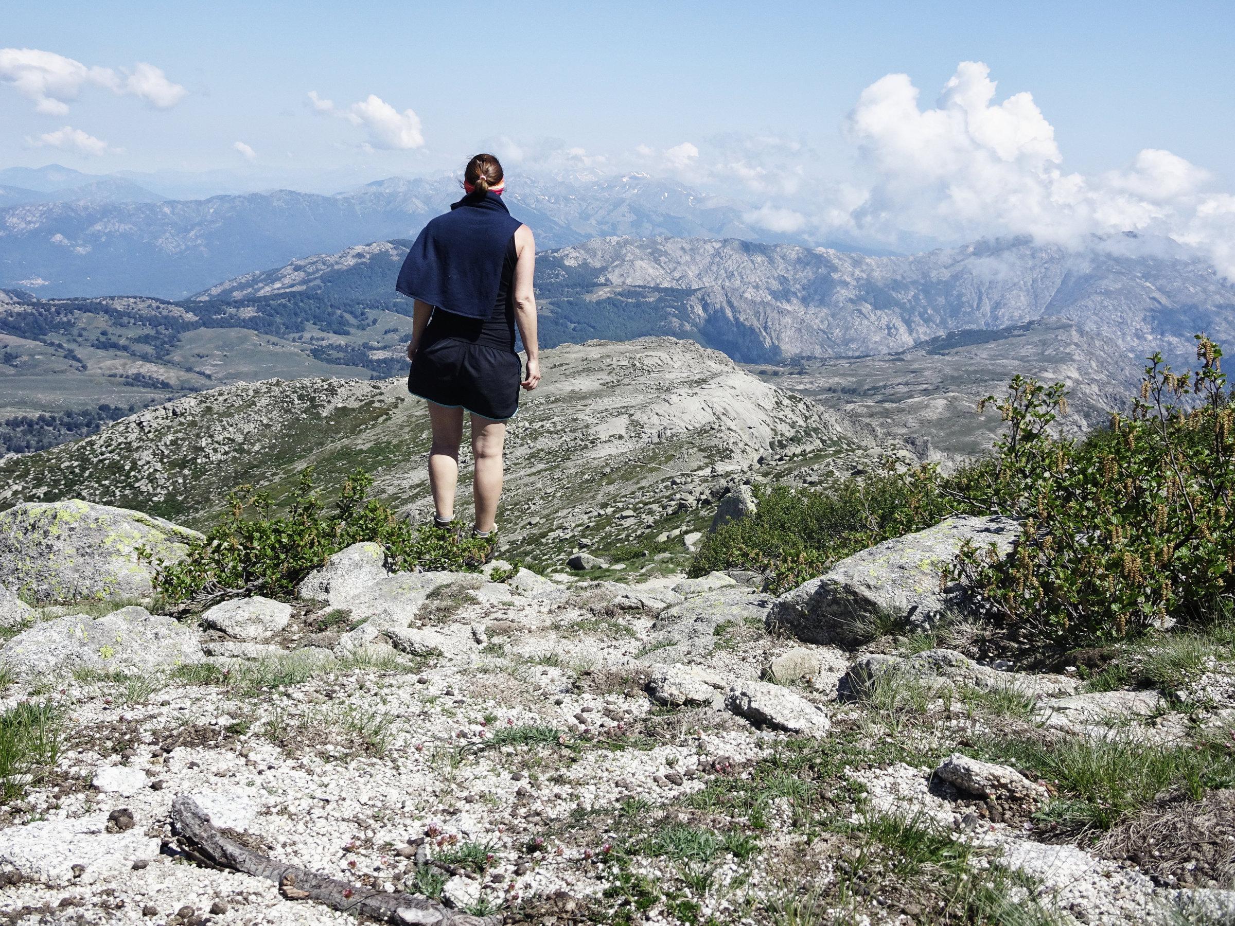 Blick vom Gipfel des Monte Incudine, Korsika, GR20 Weitwanderweg, Wandern, Berge, Frankreich