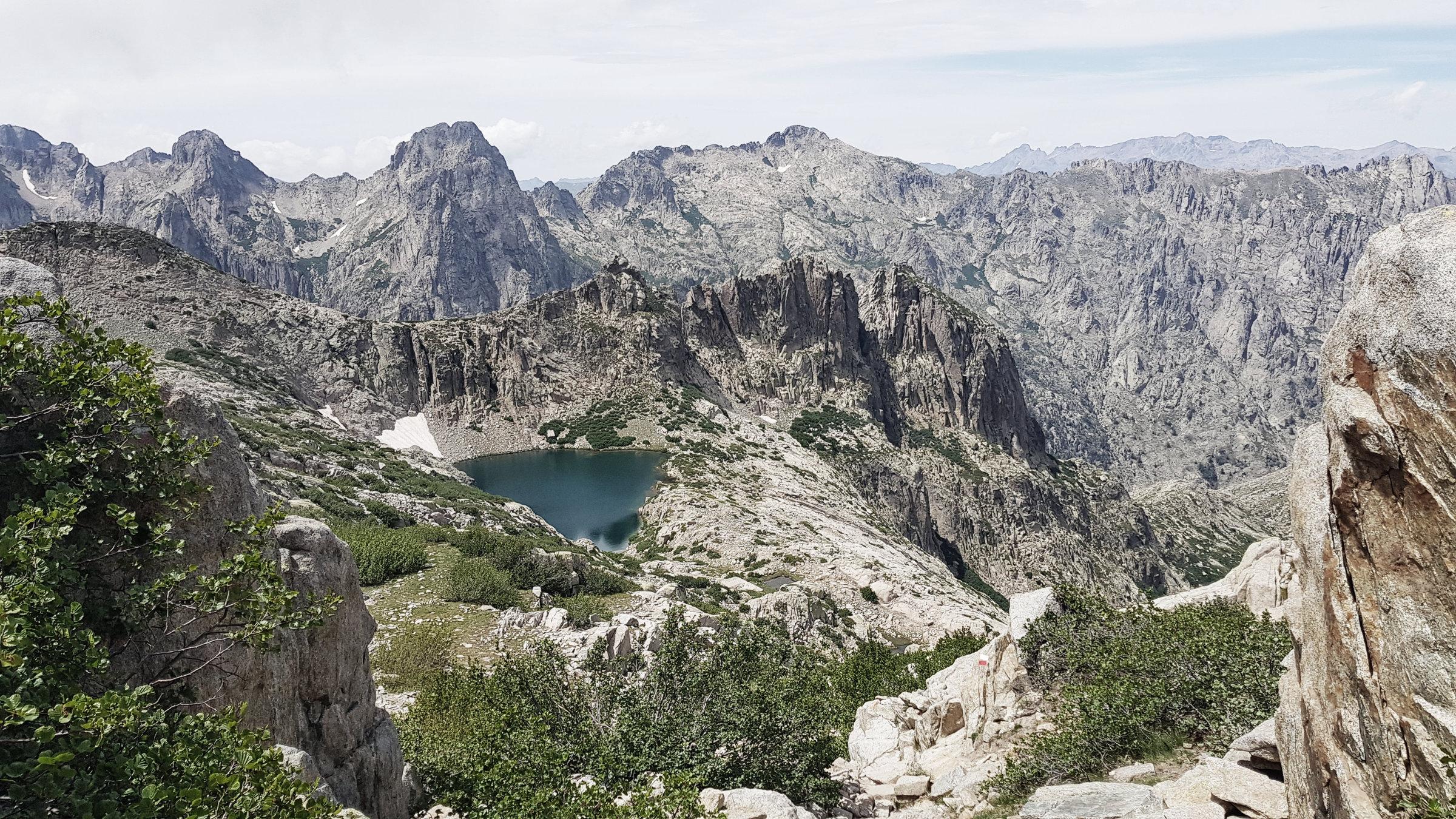 Lac de Rinoso, Korsika, GR20 Weitwanderweg, Wandern, Berge, Frankreich