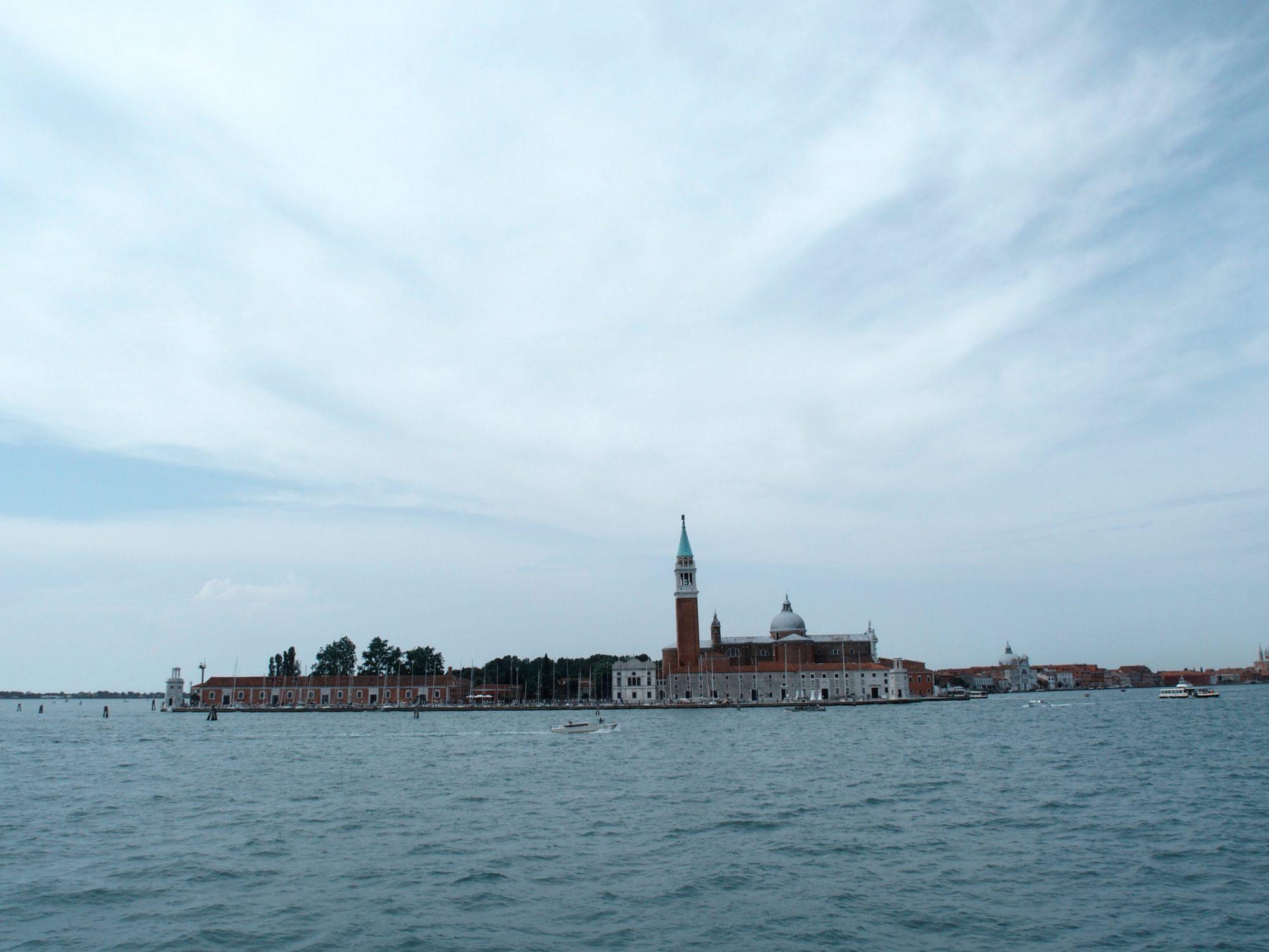 Fahrt auf dem Vaporetto, Fjella Traumpfad Venedig-München Weitwanderung (2)