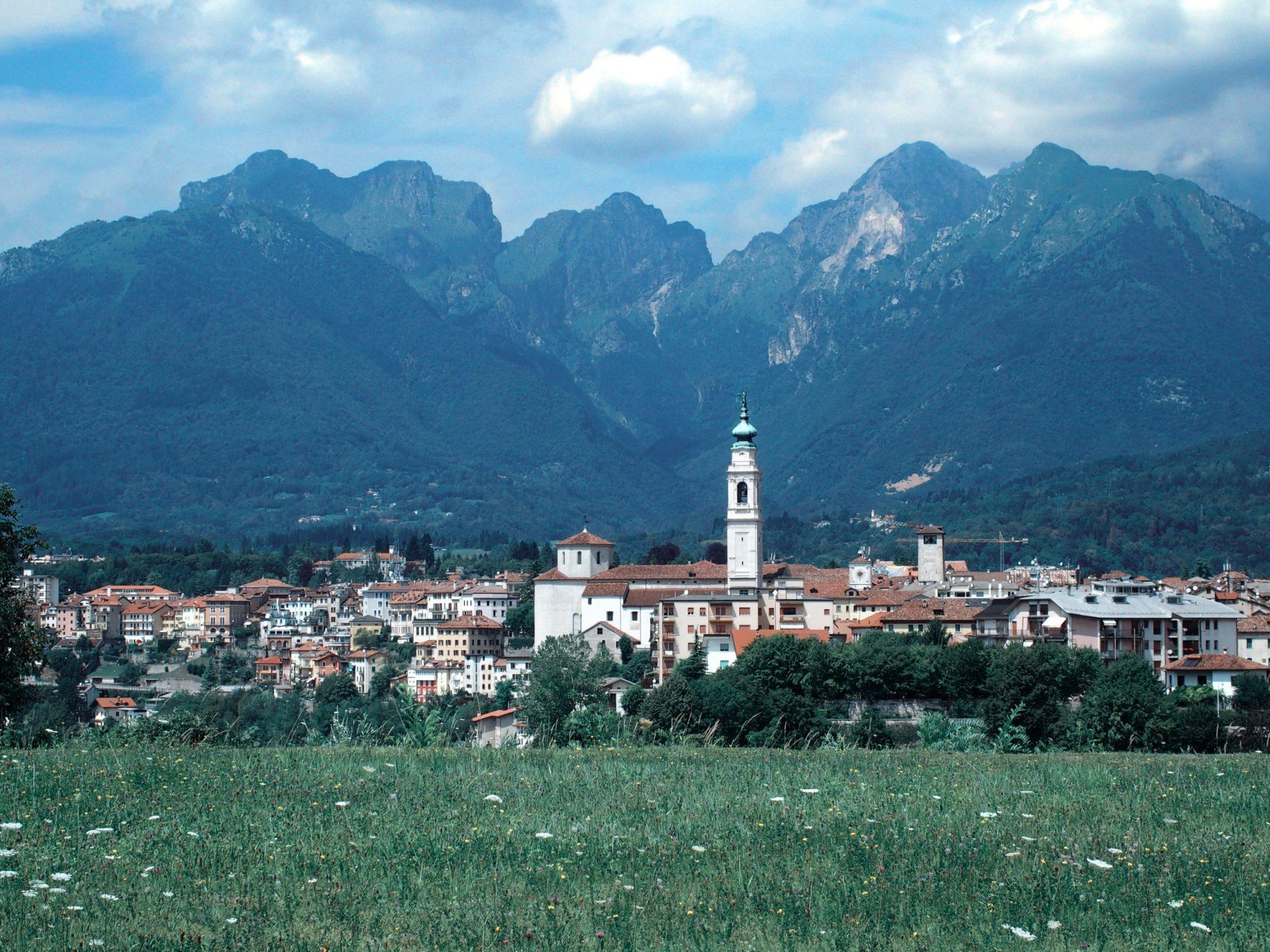 Belluno liegt großartig, Alpenüberquerung Traumpfad Venedig-München Weitwanderung