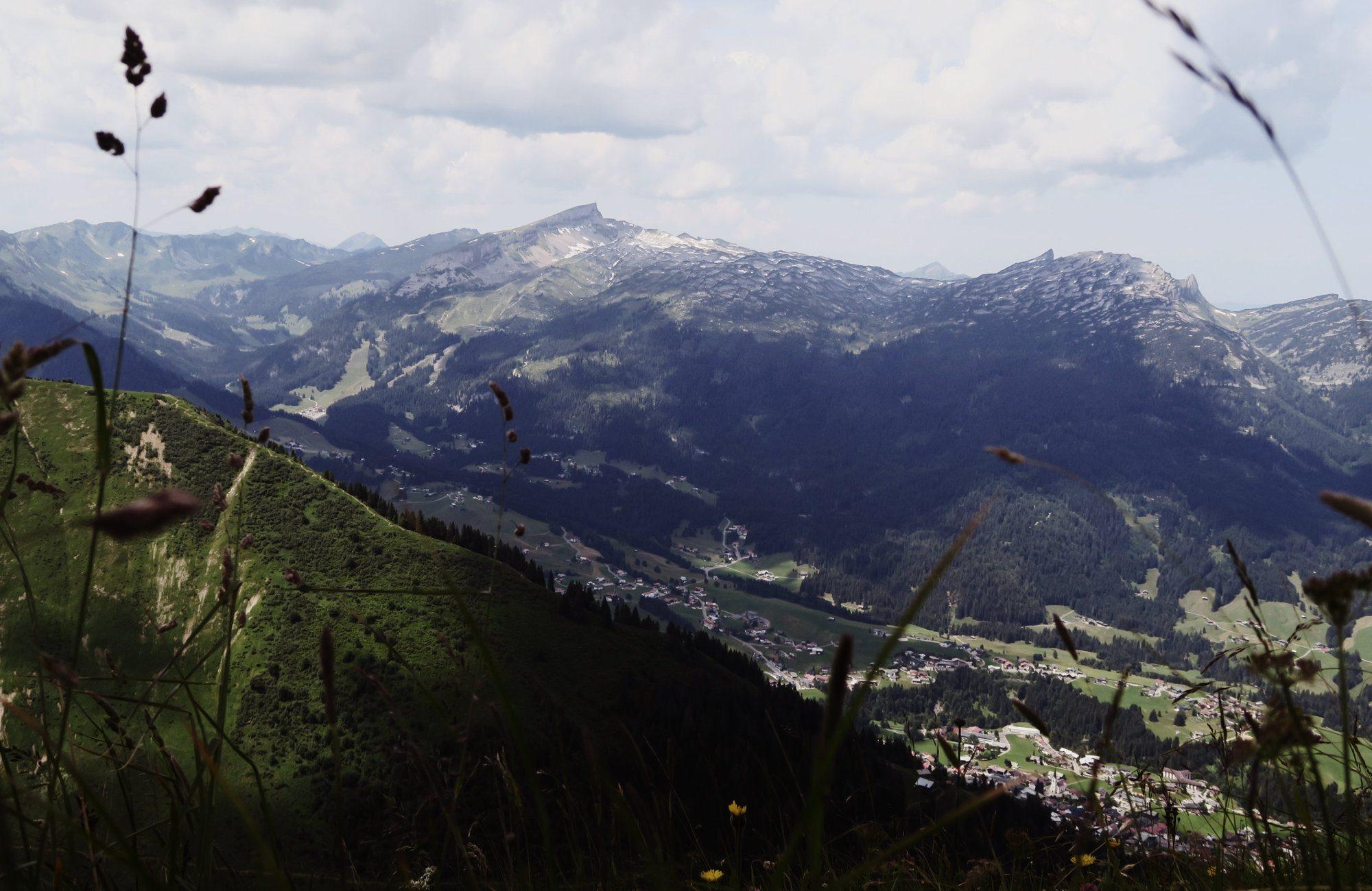 Blick zum Hohen Ifen, Fellhorn Wanderung Kleinwalsertal