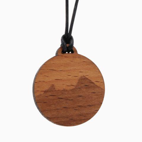 Watzmann Holzkette Freigestellt 2020 Webseite