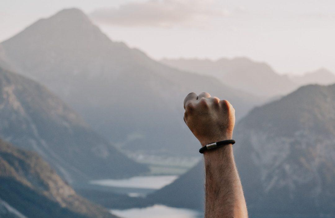 Bergseil Armband Einfachseil Alpensalamander Schwarz Nicole Kubiak