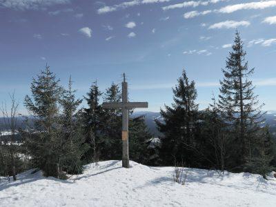 Gipfelkreuz Siebensteinkopf Winterwanderung auf den Siebensteinkopf, Schneeschuhwandern Winterwandern Bayerischer Wald