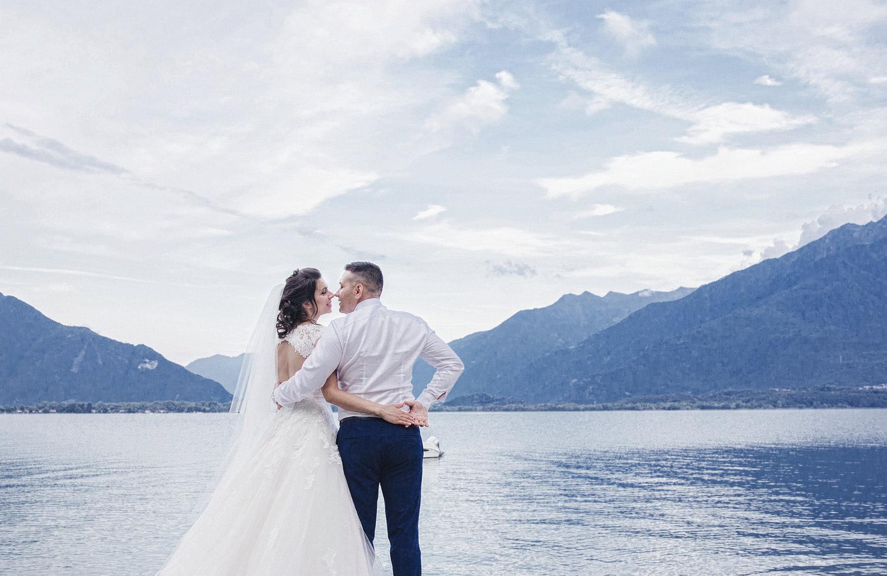 Brautpaar am Bergsee, Heiraten in den Bergen, Standesamtlich Heiraten in den Bergen, Almhochzeit, Hochzeit in den Bergen
