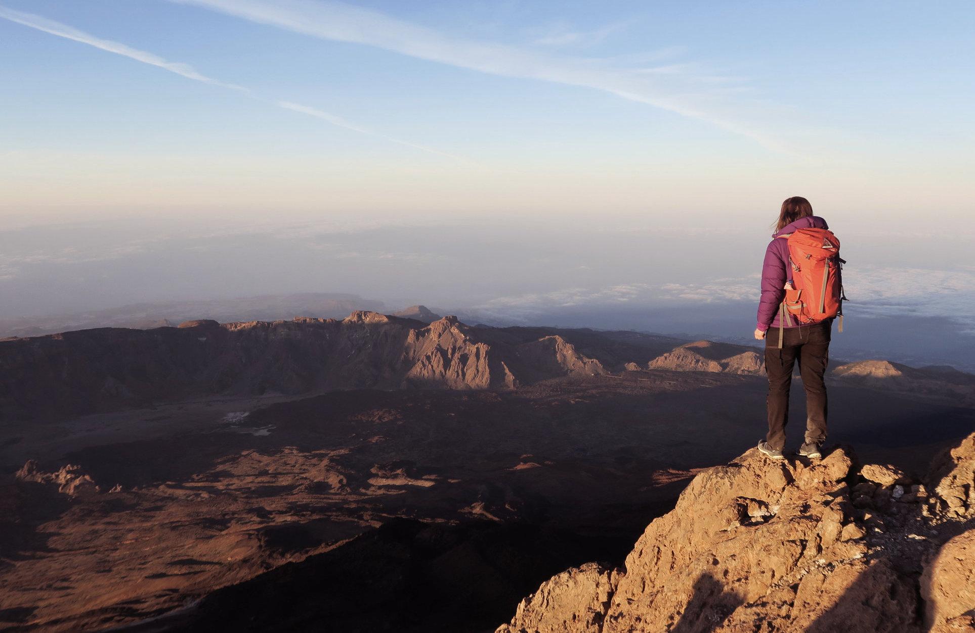 Auf dem Gipfel des Teide zum Sonnenaufgang, Wandern im Frühling