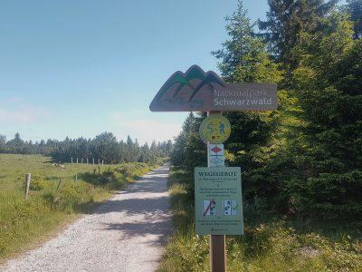 Wegegebot beachten beim Trekking im Schwarzwald