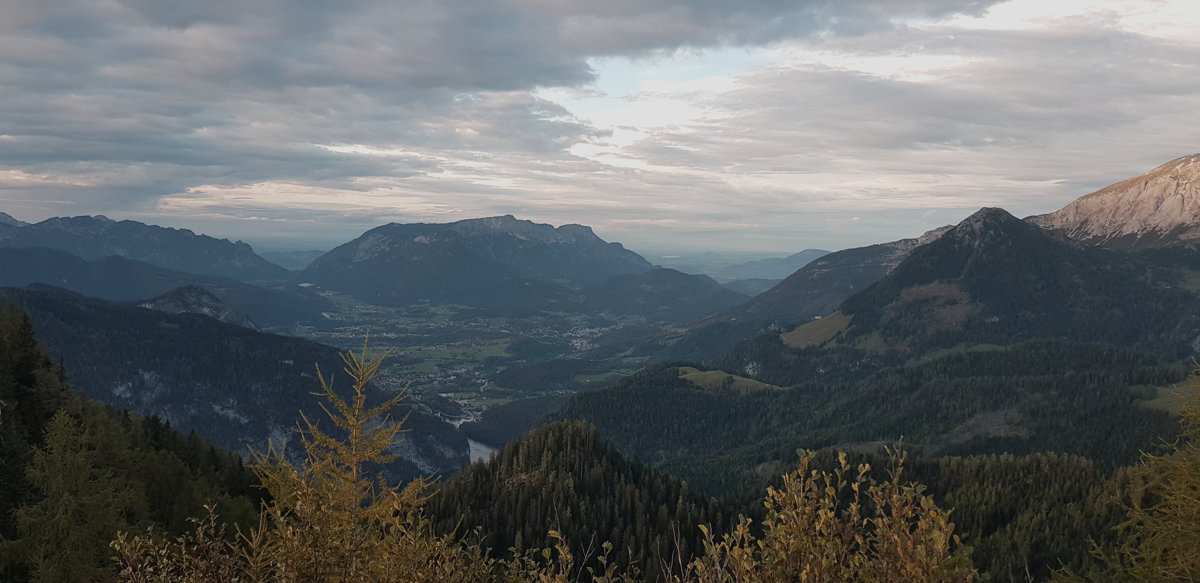 Ausblick auf Berchtesgaden und den Untersberg