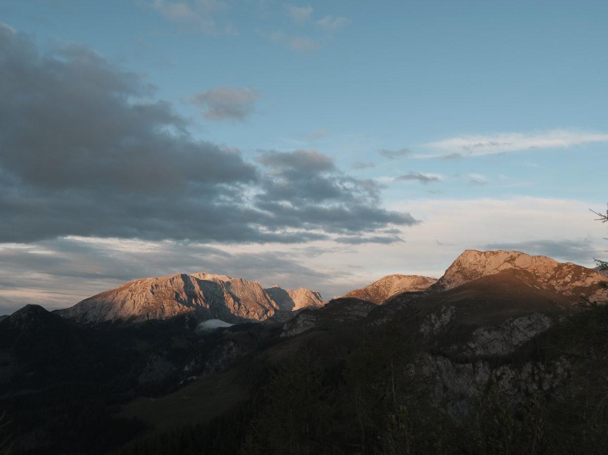 Schönster Sonnenuntergang mit Blick auf den Hohen Göll