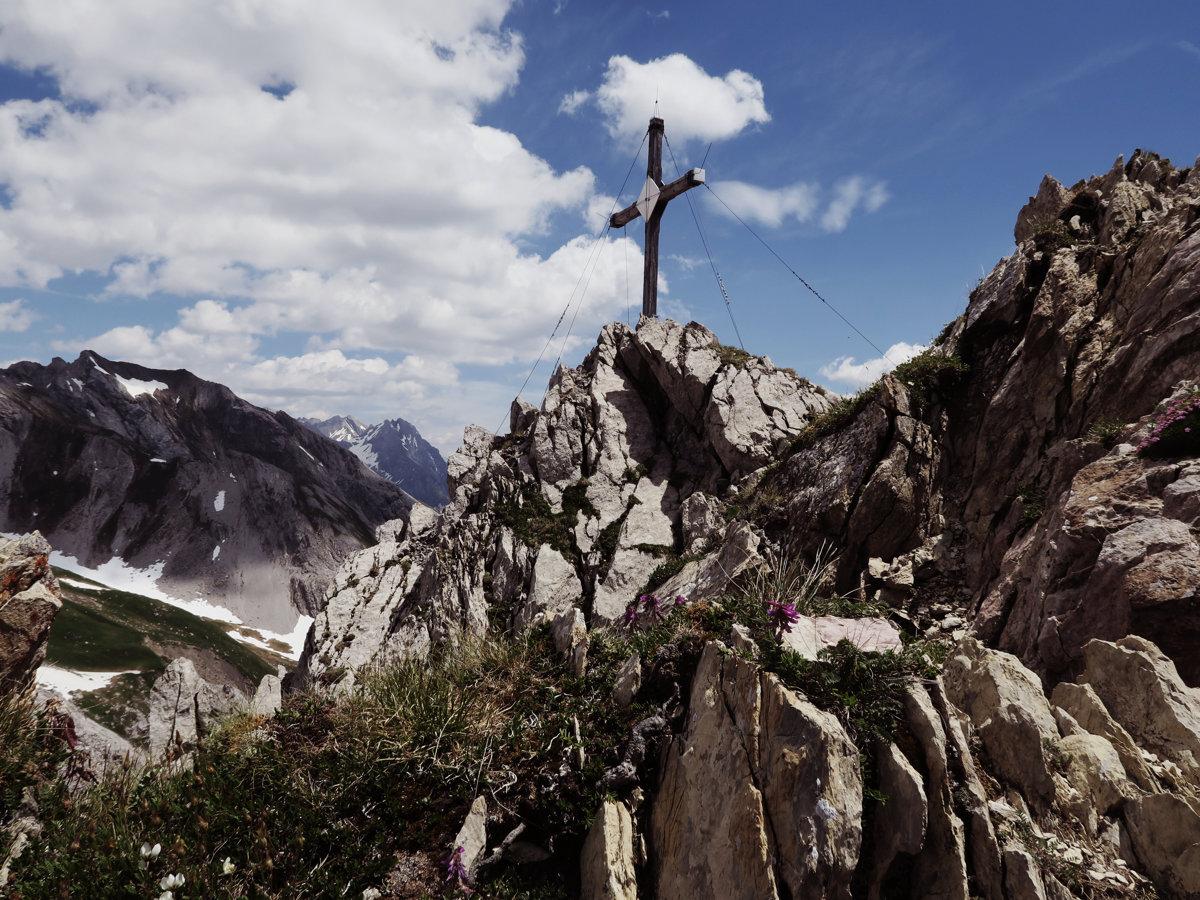 Gipfelkreuz des Malatschkopf
