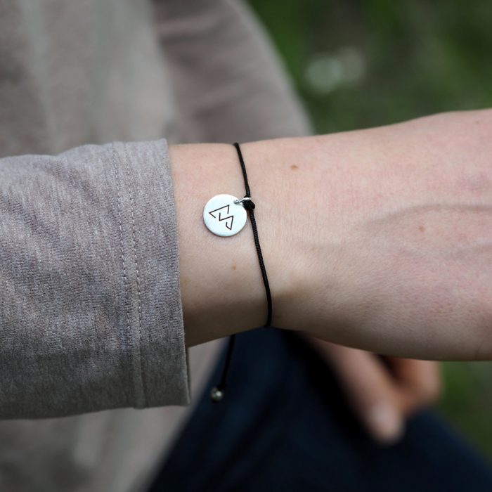 Direttissima Armband Silber am Model Webseite