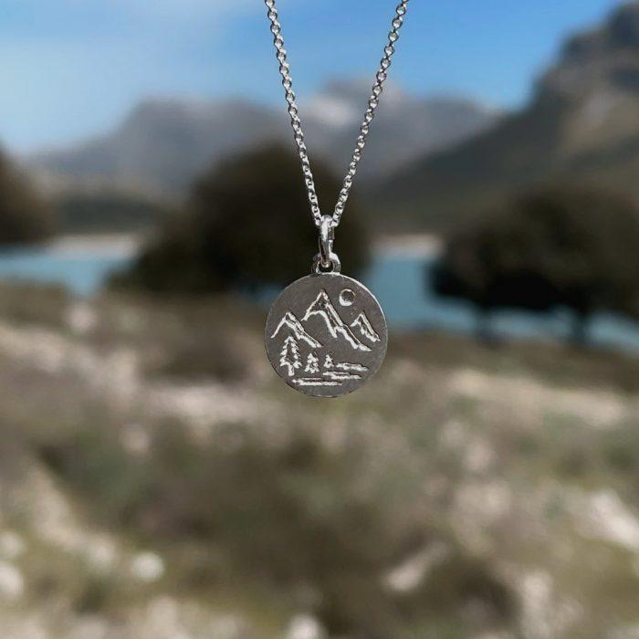 Wanderlust Kette Silber Mallorca Webseite (1)