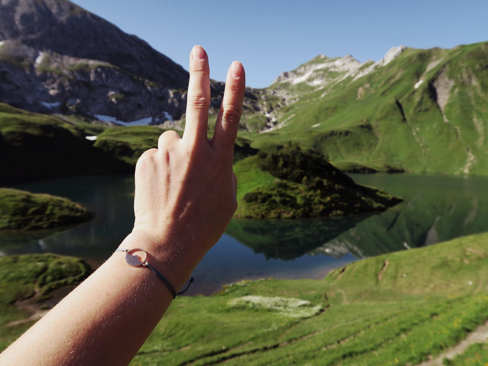 Mit Alpenblick Armband am Schrecksee